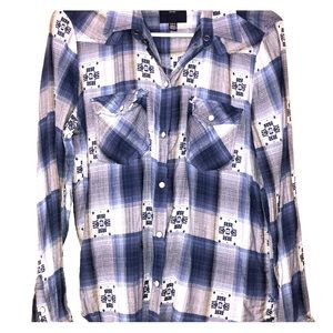 AE Long Sleeve Plaid Button Up